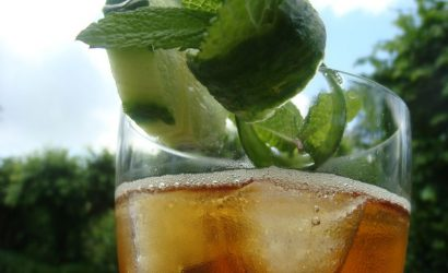 Pimm's on the rock