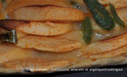 Tarte aux pommes, mascapone, amaretti et angélique