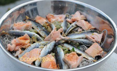 Salade de soba à l'aubergine et aux anchois