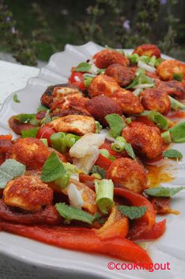 Salade de poivrons rouges et boulettes magiques