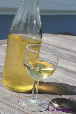vin réalisé avec de la bourrache fanée