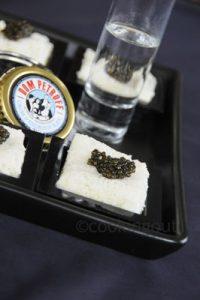 Nuages de topinambour, un bien bel écrin pour du caviar pour un menu de fêtes pour moins de 10 personnes