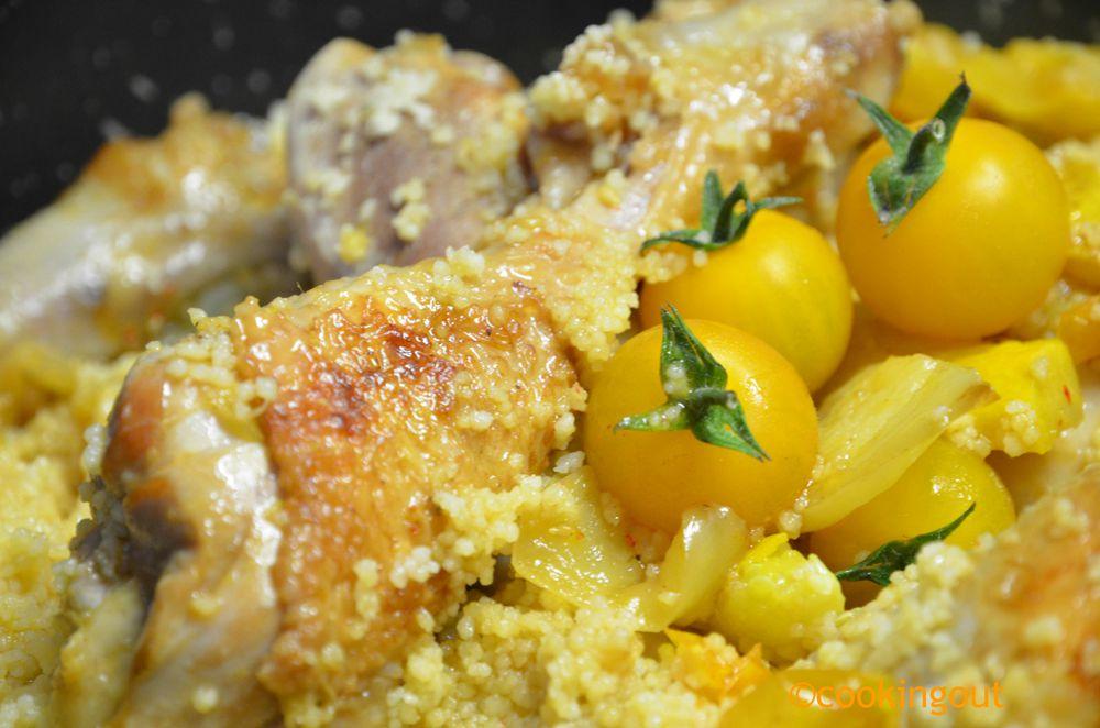 Poulet basquaise aux légumes ocres tomates et poivrons jaunes