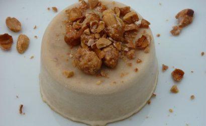 Dessert glacé au beurre de cacahuète et ses chouchoux