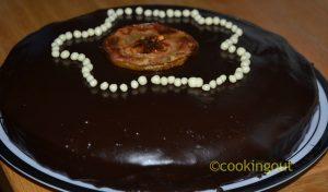 dessert Sacher Torte à la gelée de pomme