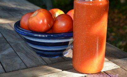 Bocaux de tomates cuites au four