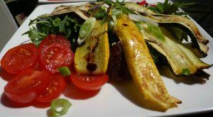 Salade de légumes grillés, courgettes et aubergines