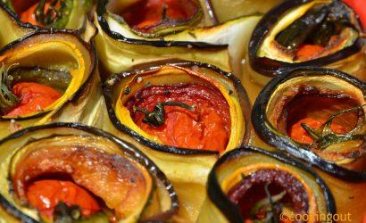 ratatouille revisitée où les légumes sont unis en forme de fleur