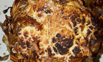 Recette de chou fleur entier cuit au four et parfumé aux épices
