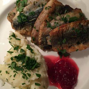 Strömming : Sardines de la Baltique frites plat traditionnel suédois
