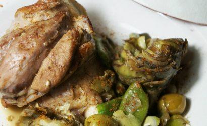 Tajine de souris d'agneau et légumes nouveaux et olives vertes