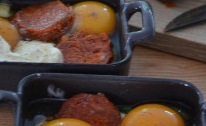 Oeufs cocotte à la sobressade et courgettes petite gourmandise