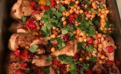Tajine de poulet au poivron et pois chiches