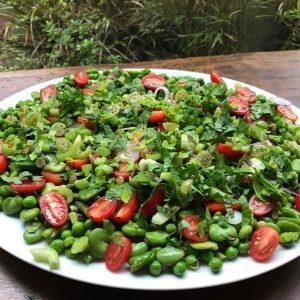 Salade fraîcheur toute verte, haricots et petits pois et plein d'autres choses