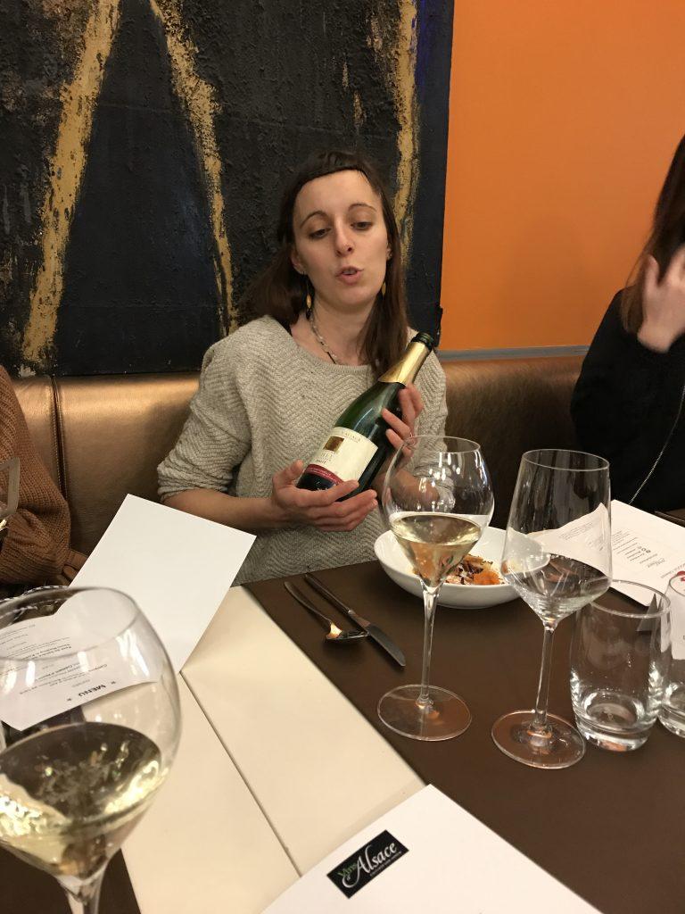 Vins d'Alsace jeune vigneronne