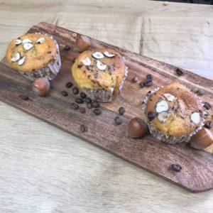 Muffin au yaourt parfumé au café et aux noisettes