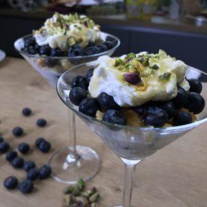 Triffle yaourt myrtilles et pistaches