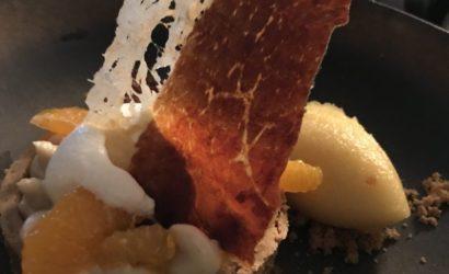 Dessert au marron, Clémentine et jambon de Parme Saké en émulsion réalisé par Lucas Felzine