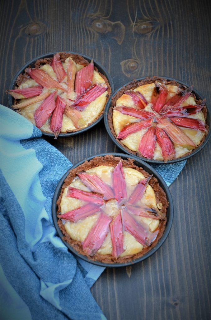 tartelettes à la rhubarbe sans gluten ni lactose, essais graphiques