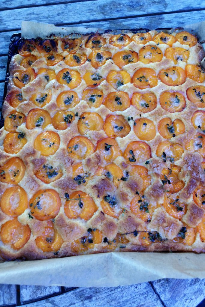 Recette de gâteau breton aux abricots et thym citronné