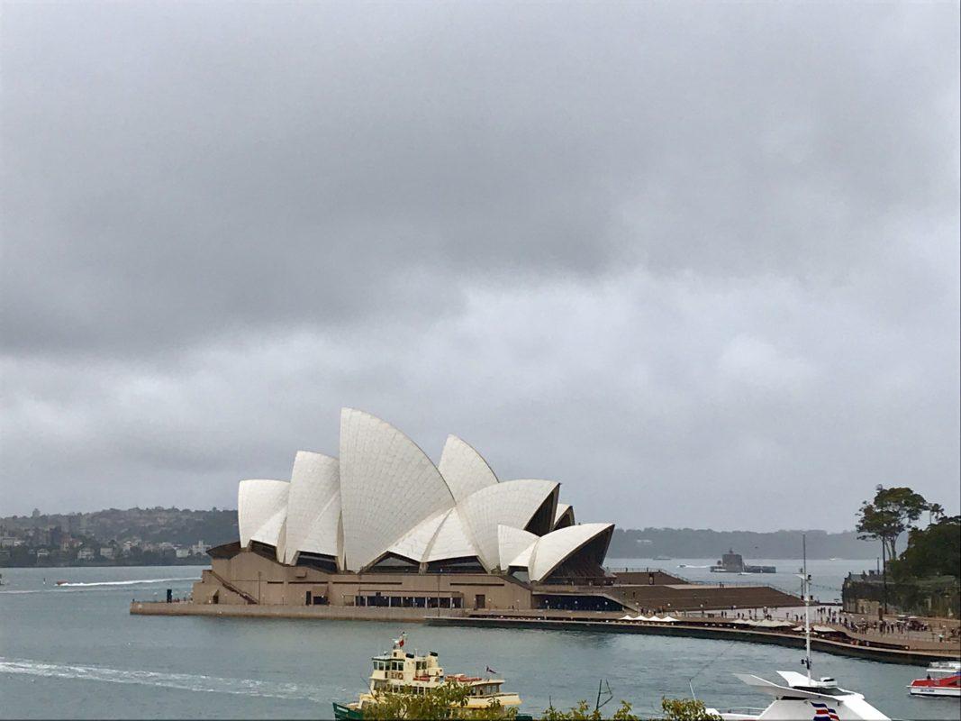 vue de l'opéra de Sydney depuis le MCA