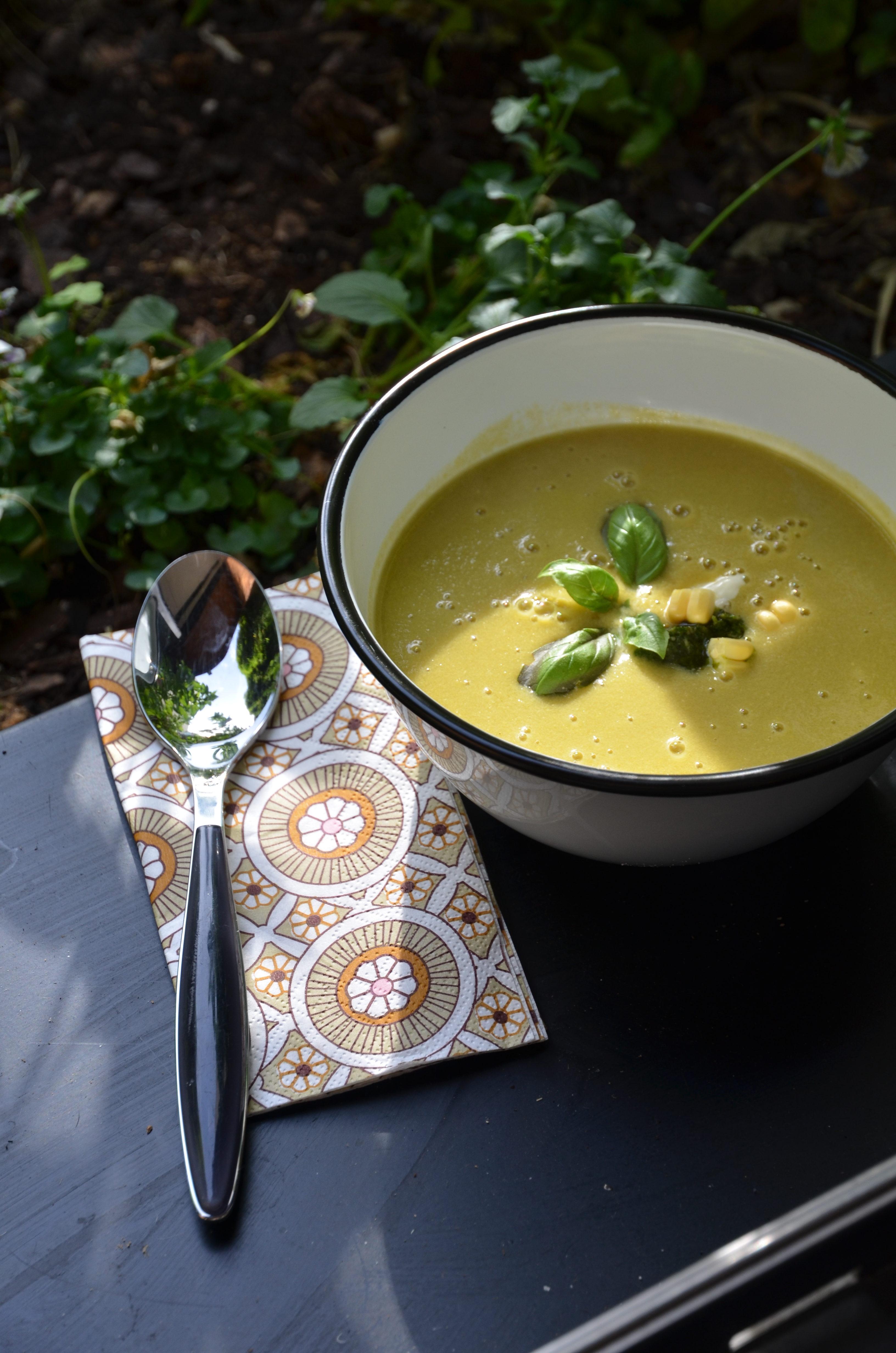 soupe de maïs frais et haricots verts