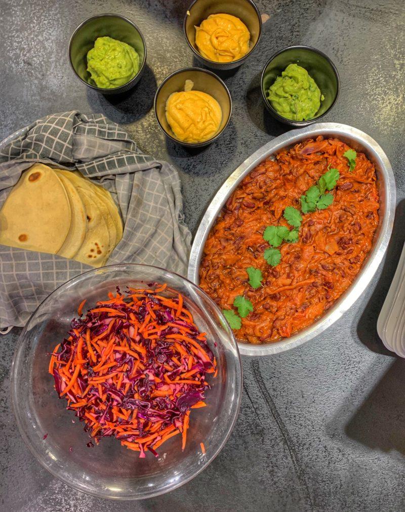 ingrédients végétariens pour farcir les tortillas mexicaines