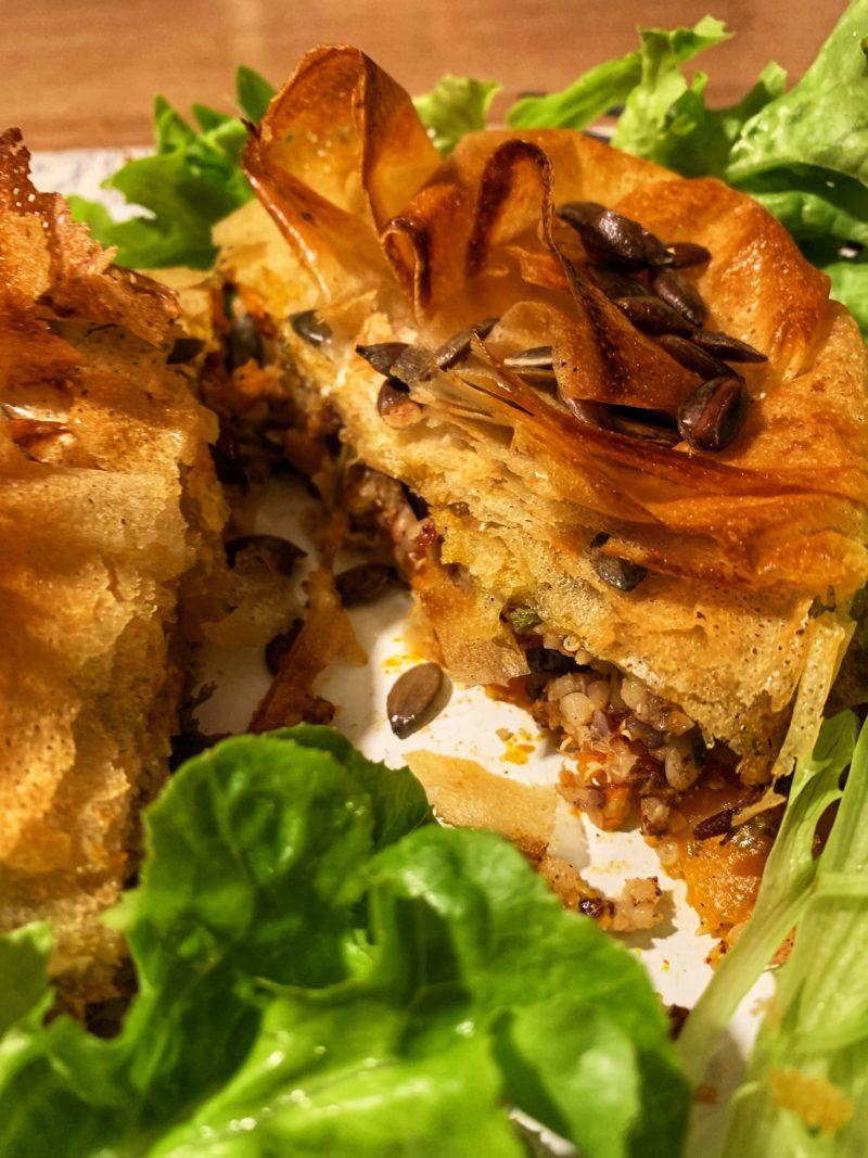 Tourte quinoa et butternut aux graines et canneberges