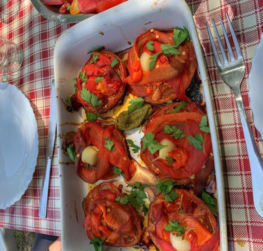 tchoutchouka déstructurée une recette à base de tomates et poivrons rouges