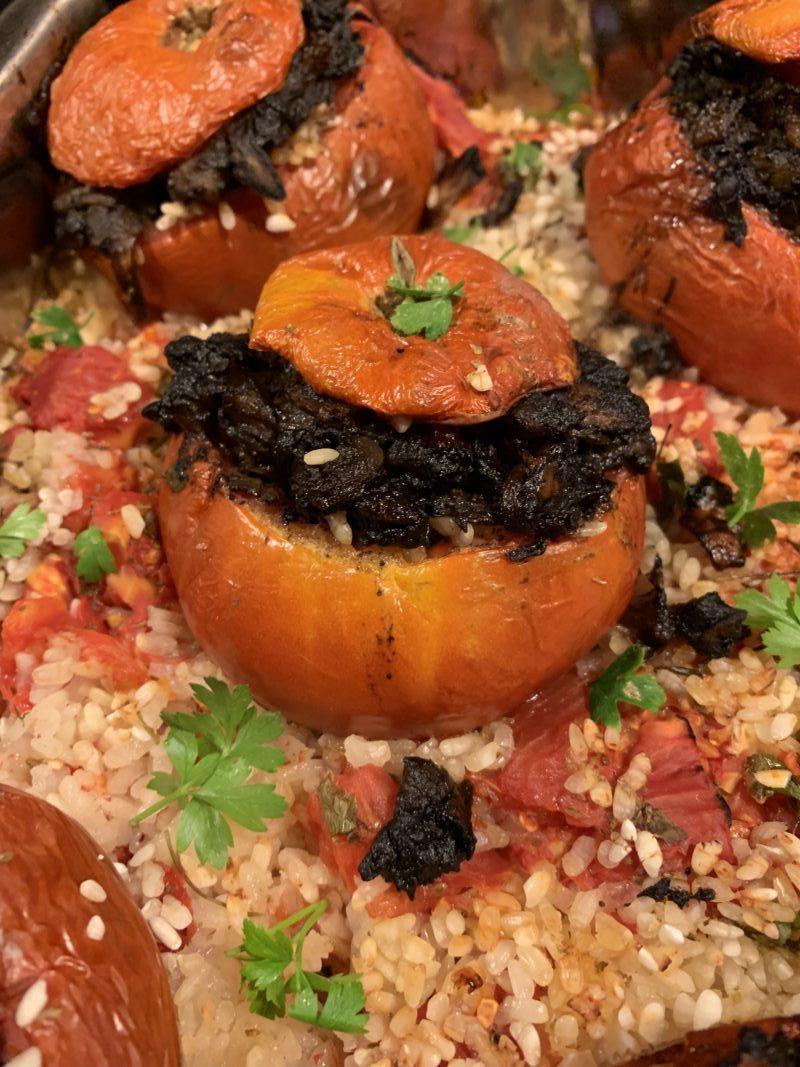 tomate farcie au boudin et aux pommes