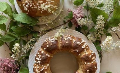 Les mounas de Pâques classique et aux fruits confits