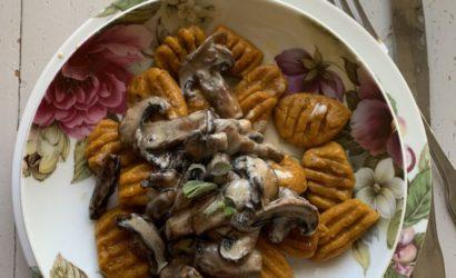 gnocchi à la sauce aux champignon sauge
