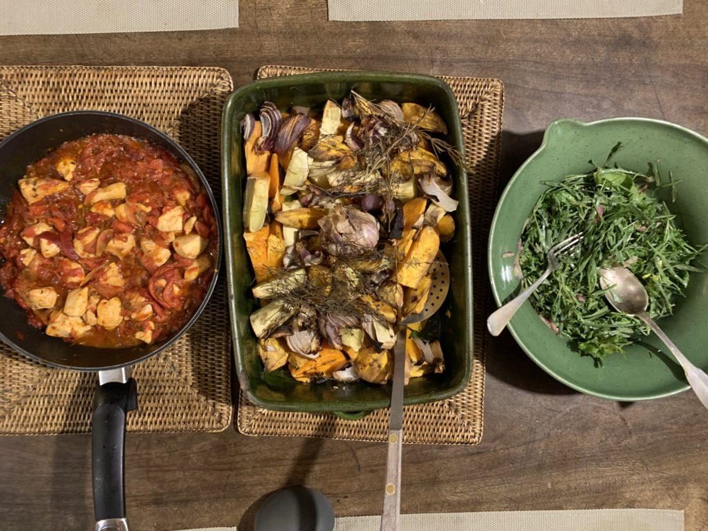 patates douces rôties pour accompagner un poulet basquaise express et une salade de roquette sauvage