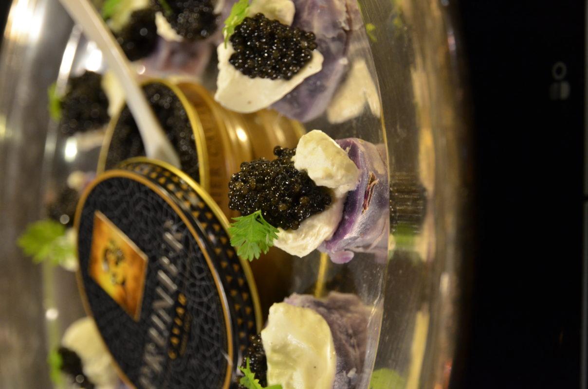 vitellotte caviar Prunier crème montée au poivre