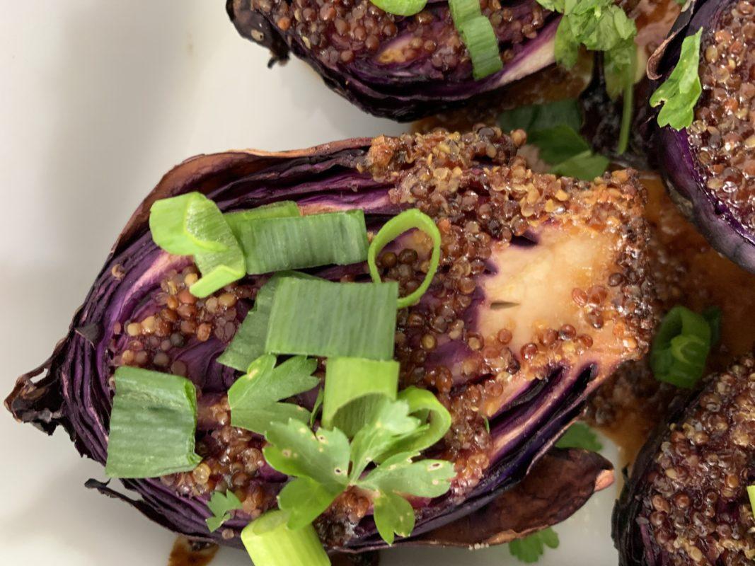 mini hou rouge rôti au fou avec sauce soja, moutarde et miel r aillet et persil